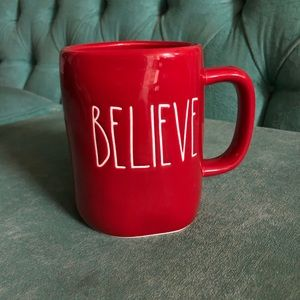 Rae Dunn Holiday - Rae Dunn red believe mug